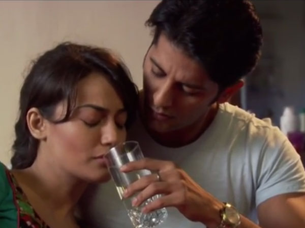 Aahil Takes Care Of Sanam..