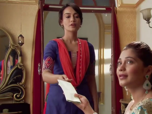 Sanam Gives Papers To Tanveer!