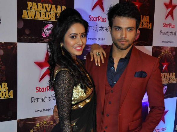 Rithvik Dhanjani-Asha Negi At the Star Parivaar Awards 2014