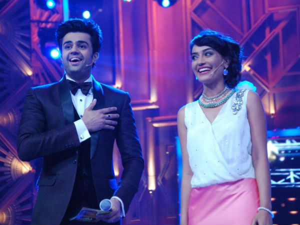 Hosted By Host/Comedian Manish Pual And Qubool Hai fame, Surbhi Jyoti