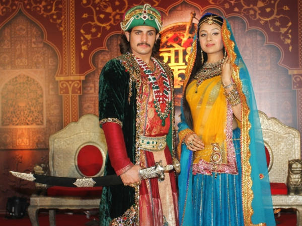 Jodha Akbar: 20th June; Maham Gets A New Pawn In Her Hand