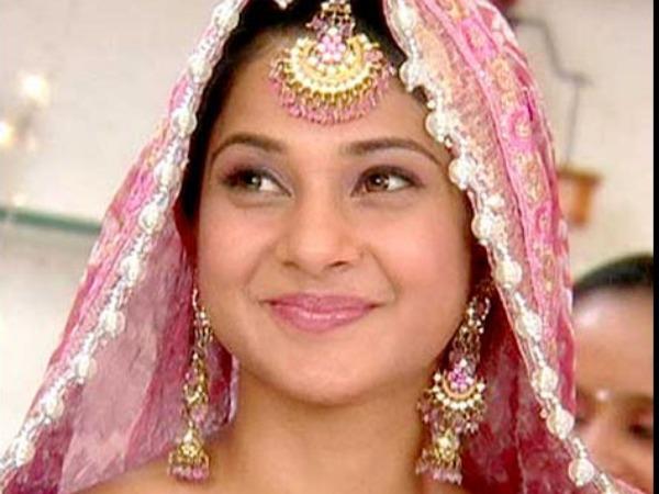Jennifer Winget To Play Muslim Girl In Gul Khans Next ...
