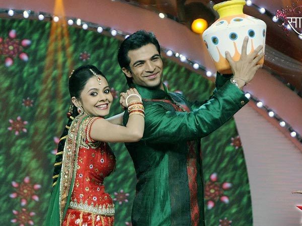 Saath Nibhaana Saathiya - Hindi TV Shows - Watch