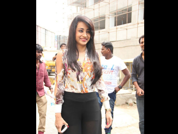 Trisha Arrives To The Venue