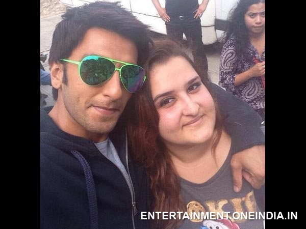 Ranveer Singh Selfie With Fan