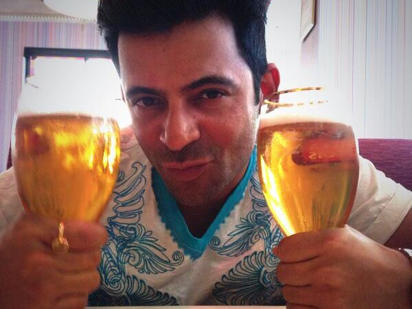 Shocking: Guess What Sunil Grover Is Drinking With Breakfast!