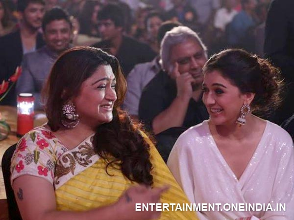 Khushboo Sharing Light Moments With Hansika