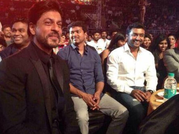 Shahrukh Sitting With Tamil Celebs