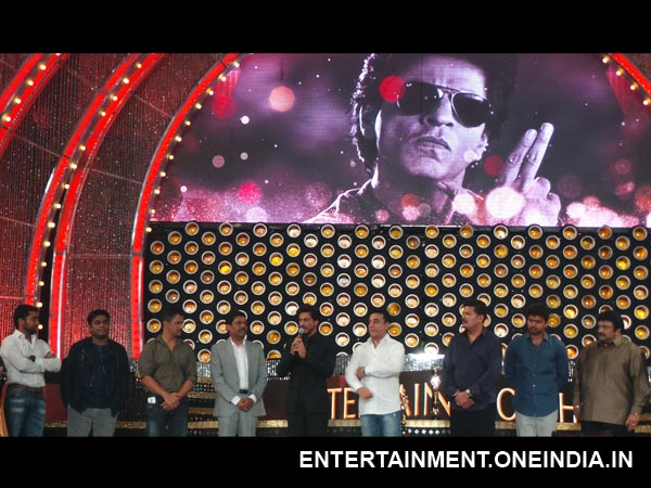 Shahrukh Shares Stage With Kollywood Stars