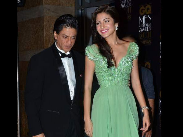 Shahrukh Khan With Anushka Sharma