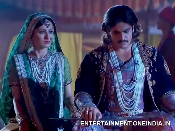 Jodha Finds Akbar
