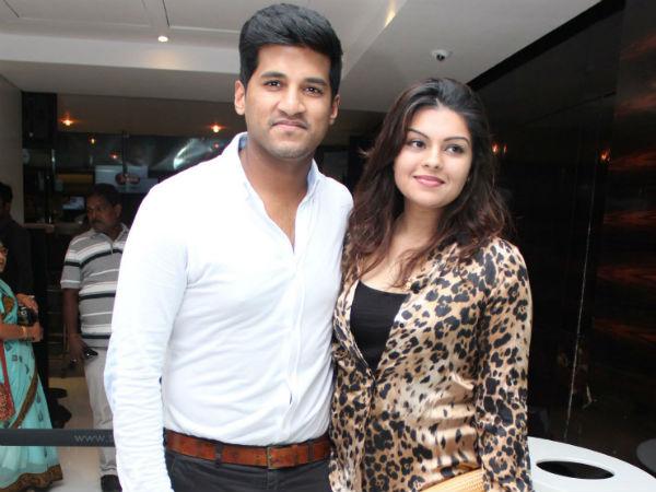 Vijay Yesudas With His Wife