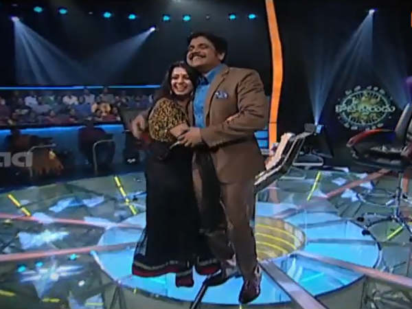 Charmi Hugs Nagarjuna On MEK