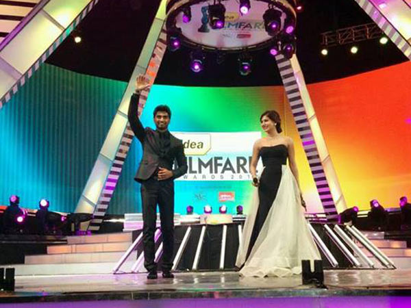 Atharvaa With Samantha At Filmfare Awards South (2014)