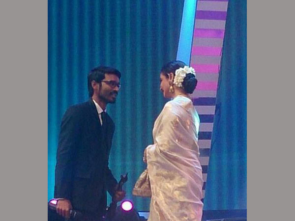 Dhanush Receiving Award From Rekha