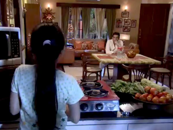 Ruhi Takes Care Of Raman
