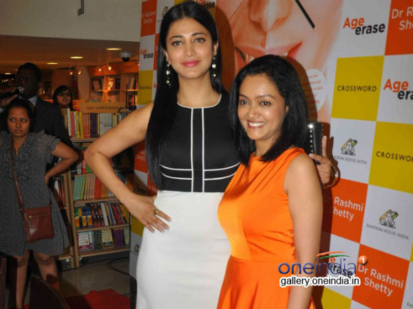 Shruti Hassan With Rashmi Shetty