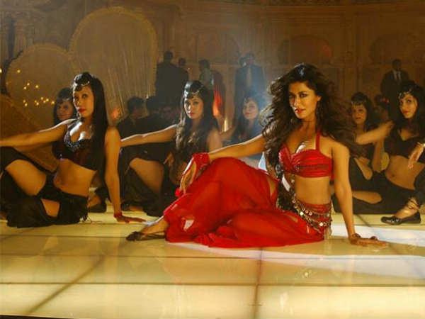 Chitrangada's Item Number In Anjaan