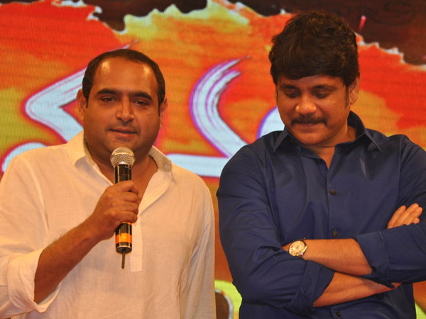 Nagarjuna Thanks Manam Makers