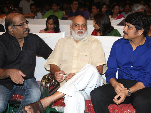 Nagarjuna-Venkat's Bonding At Manam Success Meet