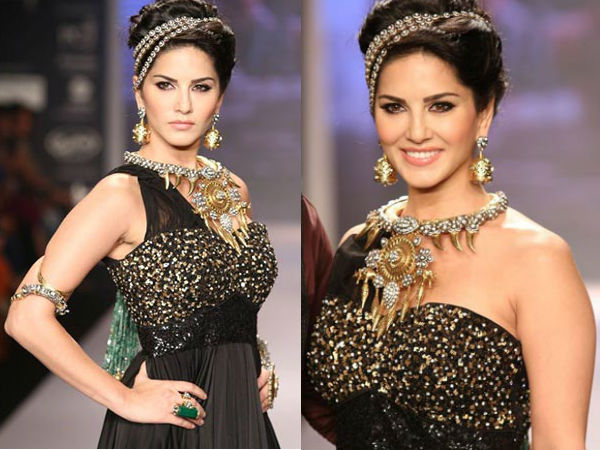 Sunny Leone Enjoys Turning Showstopper At IIJW 2014