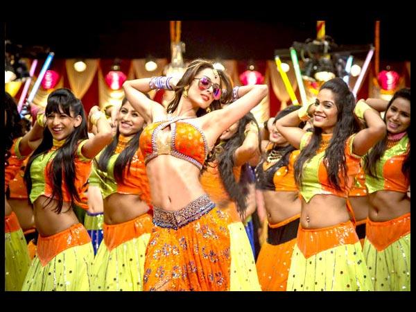 http://entertainment.oneindia.in/img/2014/07/17-malaika-arora-khan-01.jpg