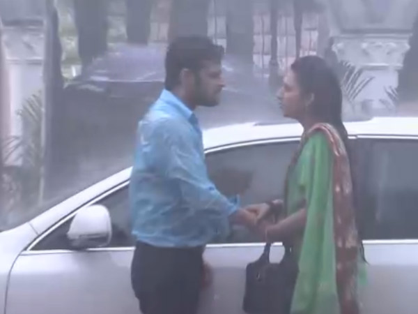 Yeh Hai Mohabbatein: 16th July; Raman Hits Param For Ishita, Simmi Finds Proof