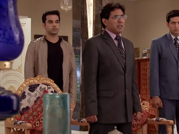 Harshad, Ketan And Chirag Come To The Room