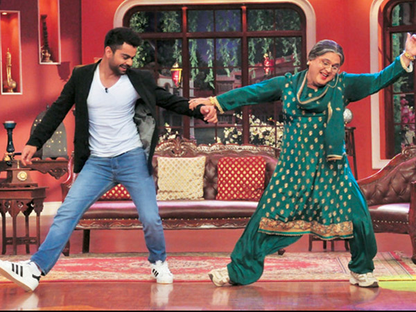 Virat Kohli Danced With Dadi