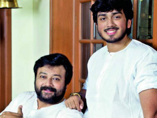 Kalidas Jayaram Makes His Mimicry Debut