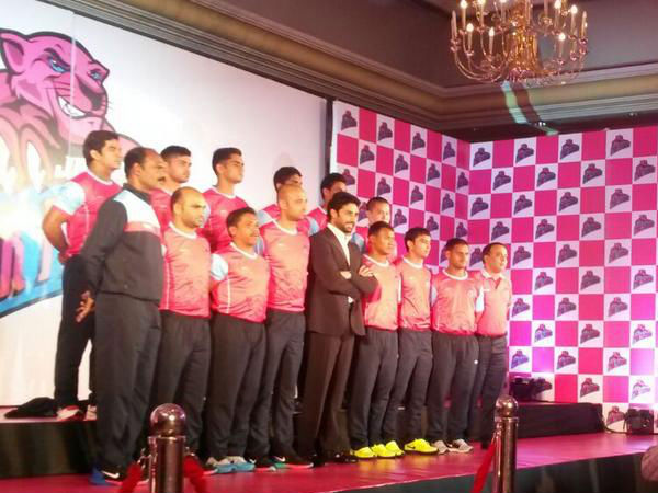 Abhishek Posing With The Team