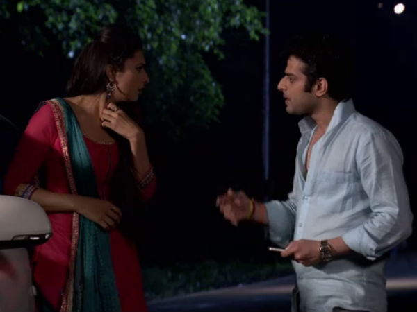 Yeh Hai Mohabbatein: Ishita Pretends To Loose Memory After Accident, Raman Gets Fooled!