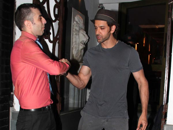 Hrithik Having A Chat