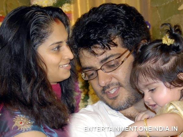 Shalini, Ajith With Their Daughter
