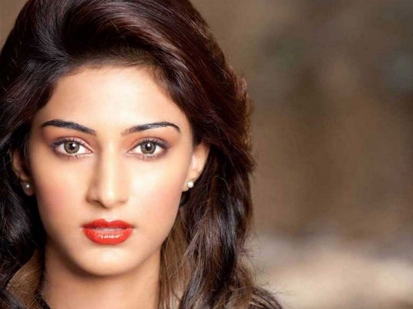 Erica Fernandes Shooting For Airavatha
