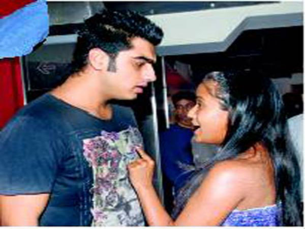 Arjun kapoor dating arpita khan and her husband. burke reflections on the revolution in france online dating.