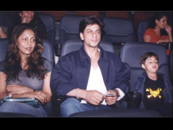 SRK With Wife Gauri Khan And Son