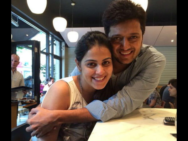 Hubby Ritesh Wishes Genelia With A Cute Pic!