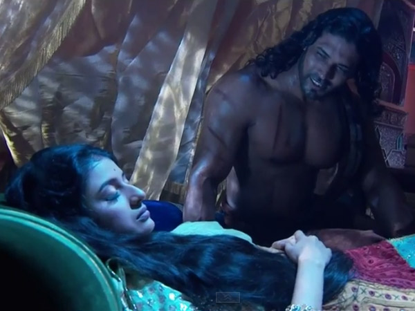 Khaiber Loves Jodha?