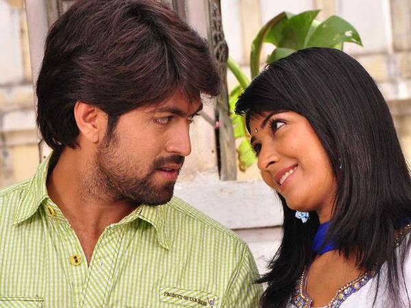 Yash And Radhika Pandit Movie Launched - Desimartini