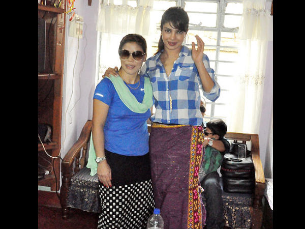 Priyanka Chopra's Visit To Mary Kom's Home