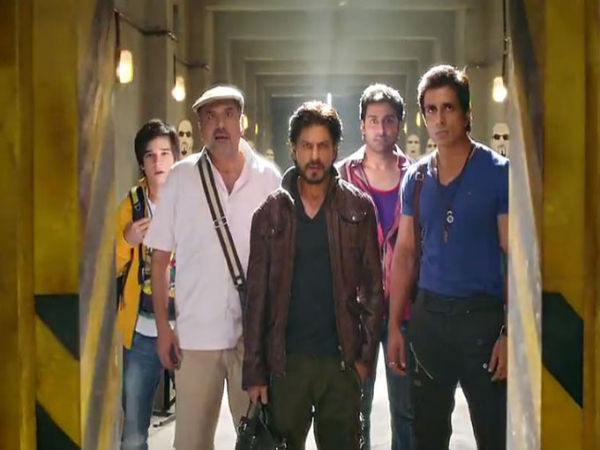 Shahrukh With His Team