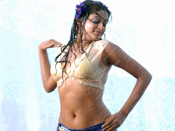 Priyamani Declines The Ice Bucket Challenge