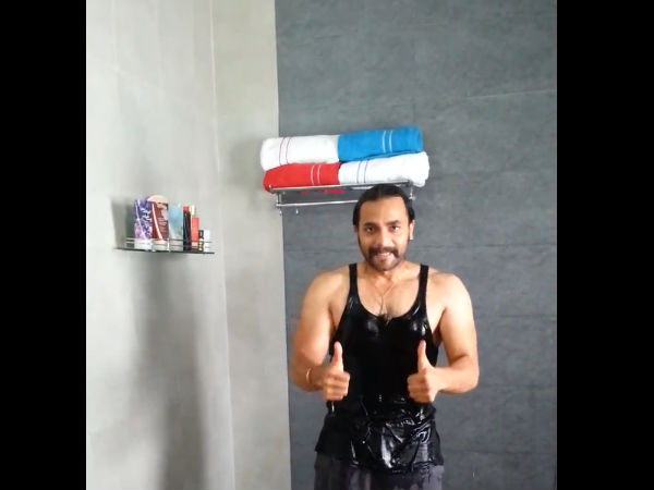 Sri Murali Takes Up The ALS Ice Bucket Challenge
