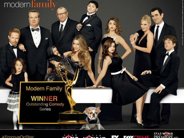 'Modern Family' Wins Emmy Award For 5th Consecutive Year!
