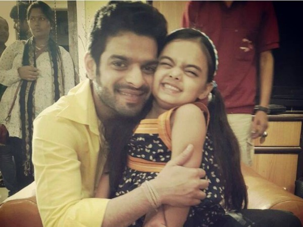 Yeh Hai Mohabbetain: Ruhi To Test Raman's Love!