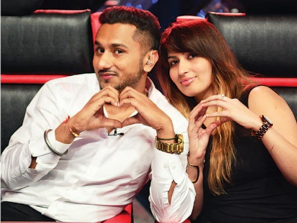 Awww! Yo Yo Honey Singh Couldn't Shoot India's Raw Star Until His Wife Arrived!