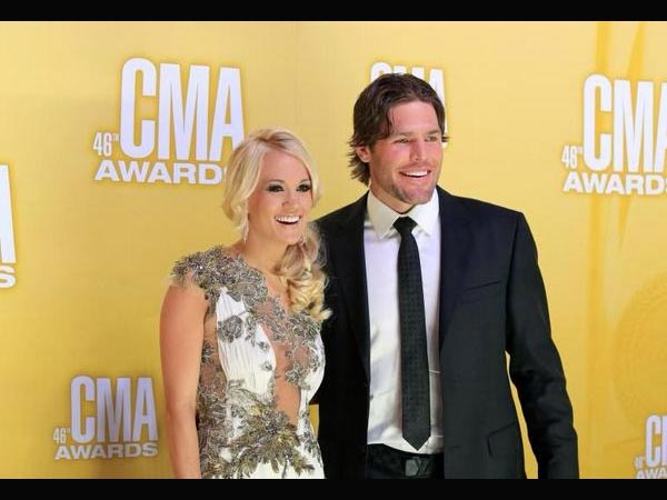 Congrats Carrie Underwood! Singer Announces Pregnancy