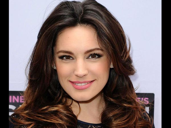 Kelly Brook Talks About Her Second Miscarriage In Her Autobiography