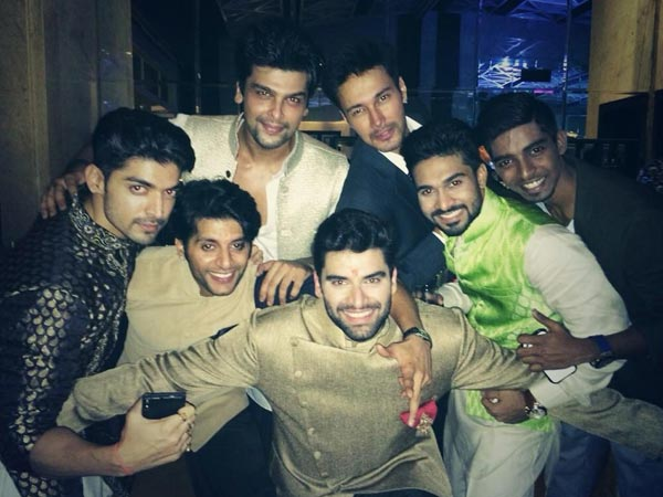 Nikitin Dheer With Boy Gang